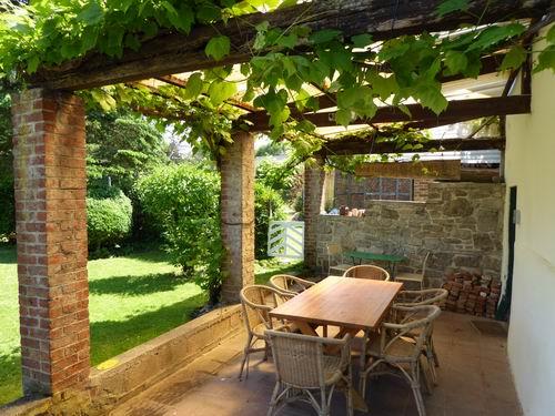 De tuin vakantiehuis loonvoorst - Terras eigentijds huis ...