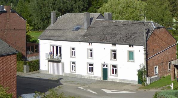 Huis in dorp Villers