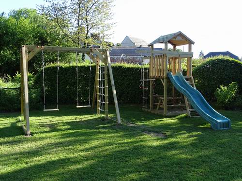 Speeltoestel Kleine Tuin : De tuin vakantiehuis loonvoorst